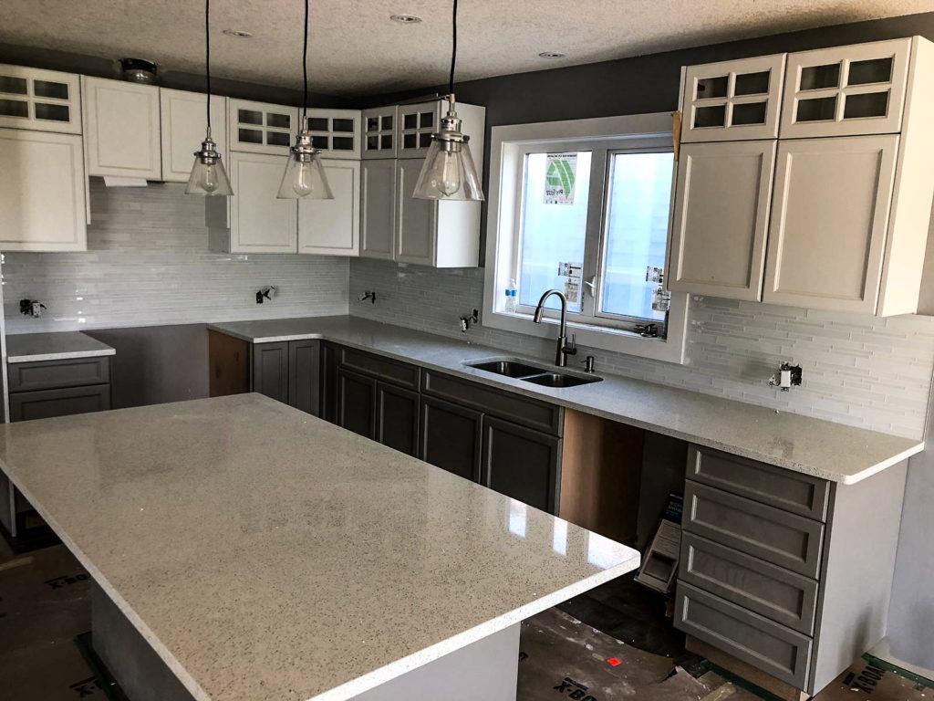 Granite Or Quartz Countertops Yegcountertops Quartz Or Granite